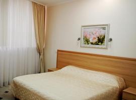 Гостиница Сокол, отель в Сочи, рядом находится Сочинский Маяк