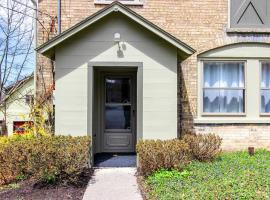 Private & Spacious 2 Bedroom at Fountain Place, apartment in Ithaca
