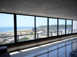 Luxury Point Waterfront Apartment at The Spinaker, apartment in Durban