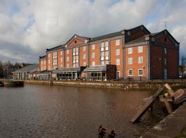 Holiday Inn Ellesmere Port/Cheshire Oaks, hotel near Cheshire Oaks Designer Outlet, Ellesmere Port