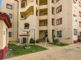 Serene Holiday Home in Huelva with Balcony, hotel en Huelva