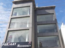 Parjaat Residency, hotel in Dehradun