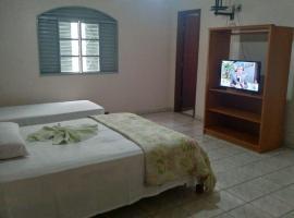 Hotel Viturino, hotel in Caldas Novas