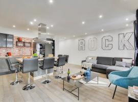 BASTILLE/LE MARAIS-LUXURIOUS 3 rooms flat, alojamento para férias em Paris