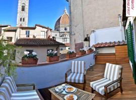 LoveTheRoof SpectacularTerrace&View - LoveTheApartments, appartamento a Firenze
