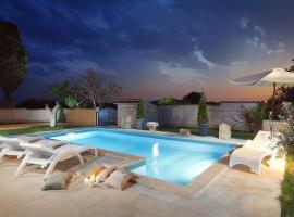 Villa Paradiso, hotel in Svetvinčenat
