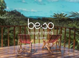 Beso Hilltop Retreat, glamping site in San Vicente