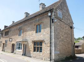 The Old Swan, Malmesbury, hotel in Malmesbury