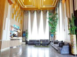 Bay Hotel Srinakarin, hotel a Bang Na