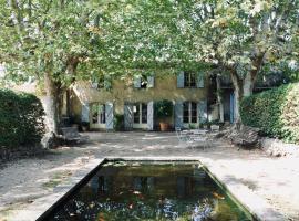 LA GRACETTE Les Studios, hotel near Association of the Companies of the Business Park of Aix-en-Provence, Aix-en-Provence