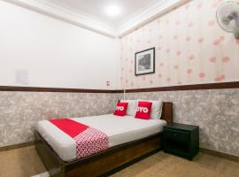 OYO 816 Ht Love Hotel, hotel in Ho Chi Minh City