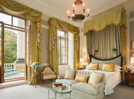 Отель Four Seasons Lion Palace, отель в Санкт-Петербурге