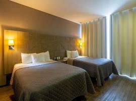 Hotel Glow Point - Mulza, hotel in León