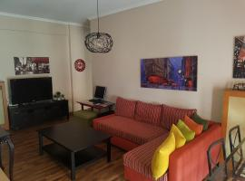 Top Floor Apartment, apartment in Komotini