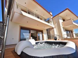 Katerina Seaview Maisonette - Nea Moudania Halkidiki, hotel in Nea Moudania