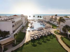 Hilton Playa del Carmen, an All-Inclusive Adult Only Resort, курортний готель у Плайя-дель-Кармен