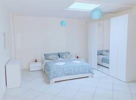 Visconti House, appartamento a Bari
