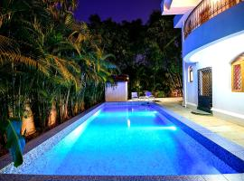3BR Private Villa with Large & Private Swimming Poll, Anjuna- Wave Prive, hotel with pools in Anjuna