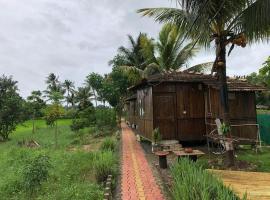 Saligao farm cottage, campground in Old Goa
