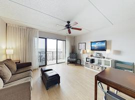 Historic District Condo w/ River Views & Balcony condo, apartment in Wilmington