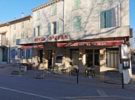 Le Saint Jean, hotel near Saint Michel de Frigolet Abbey, Barbentane