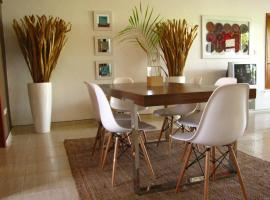 Los Corozos Apartment D2 Guavaberry Golf & Country Club, hotel in Juan Dolio