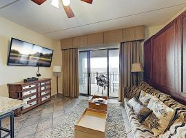 New Listing! 9th-Floor River-View Condo w/ Balcony condo, vacation rental in Wilmington