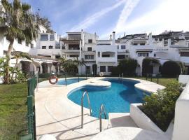 Elegant apartment in Puerto Banus, hotel dicht bij: Casino Marbella, Marbella