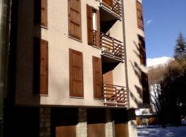 Comodo a tutto-Ponte di Legno, hotel in Ponte di Legno