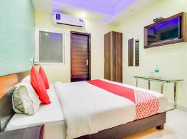OYO 6806 Hotel Bodhi INN, hotel near Riverside Mall Lucknow, Chinhat