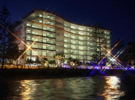 Silvershore Apartments on the Broadwater, hotel in Gold Coast