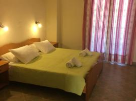 Bizis Apartments, hotel in Agios Gordios