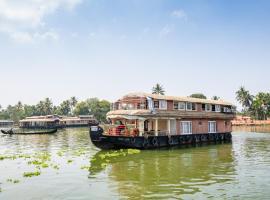 OYO 28075 Relax In Kerala 3 Bhk、アレッピーのホテル