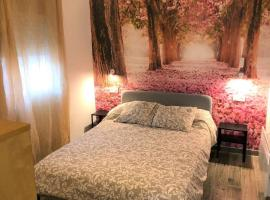 STYLISH ROOMS habitaciones en piso compartido- ELCHE- City Center, hotel em Elche