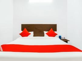 OYO 68071 Discovery Delight, hotel near Swaminarayan Akshardham, New Delhi