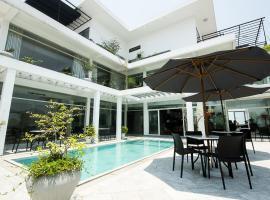 Danang Boutique Hotel, hotel near Hoan My Danang Hospital, Da Nang