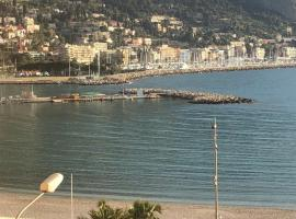 CASA VACANZA IN COSTA AZZURRA, pet-friendly hotel in Menton
