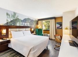 Hilton Garden Inn Los Angeles / Hollywood, hotel near Pantages Theatre Hollywood, Los Angeles