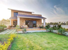 Nirvana Villa by Vista Rooms, hotel with jacuzzis in Udaipur