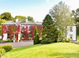 Ross Lake House Hotel, hotel in Oughterard