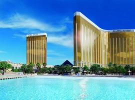 Delano Las Vegas by Suiteness, hotel with pools in Las Vegas