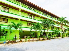 OYO 639 Rak Samui Residence, отель в Бопхуте