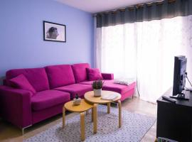Two bedroom stylish studio, 5 minutes walk from the beach, hotel in Lloret de Mar