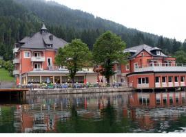 Strandhotel Burgstaller, hotel in Feld am See
