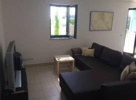 Garden appartment Mali Losinj, hotel near Losinj Airport - LSZ,