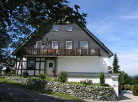 Gästehaus Mira, hotel near Westfalenhang I Ski Lift, Winterberg