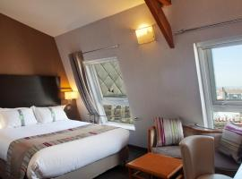 Holiday Inn Paris Montmartre, an IHG Hotel, hotel en Montmartre, París