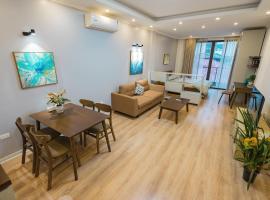 Sunny Nguyen Chanh Large Apartment, căn hộ dịch vụ ở Hà Nội