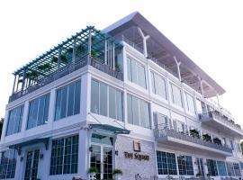 The Square 101, hotel near BTS-Bang Chak, Bangkok