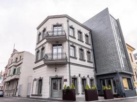 VILA OPT, hotel din Constanţa